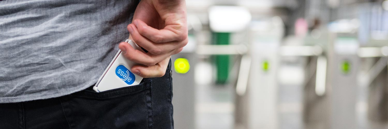 Thumb kaarthouder